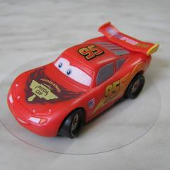 Figurica za torto - avto Strela Mcqeen