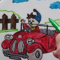 Pisanje in risanje na torto z živilskimi flomastri