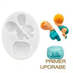 Silikomart silikonski modelček Speči dojenček z blazino