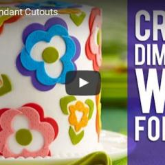 Kako izrezujemo dekoracijo iz fondanta