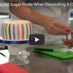 Kako uporabljati barvno modelirno maso za dekoracijo tort