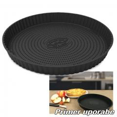 Perforiran silikonski pekač za pito 23,5 cm